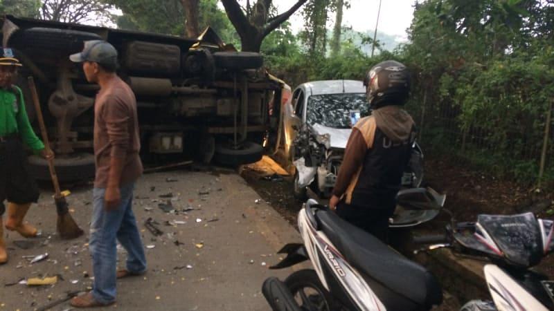 Kecelakaan Truk di Pacuan Kuda, Pamulang